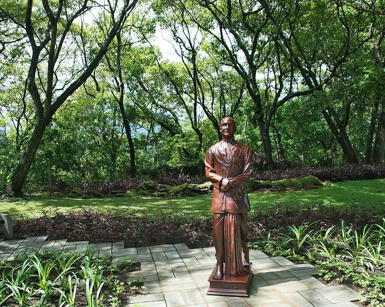 statue-antigua