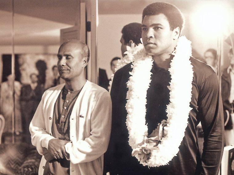 Muhammad-Ali-Sri-Chinmoy
